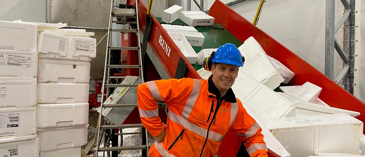 At Ragn-Sells' Bergen branch, a Danish auger compactor makes sure that Norwegian fish boxes are recycled into new material to become part of the circular economy.